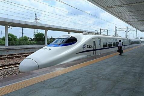 日本来的中国高铁时刻图走红,中国高铁时刻表怎么查询,中国高铁是哪一年开通的