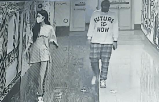 《【杏鑫注册链接】吴亦凡 包场和女生看电影,女生身份曝光年仅18岁?》