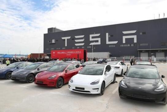 特斯拉召回近8000辆汽车,召回原因是什么,特斯拉销量出现大幅度下滑是什么原因导致的