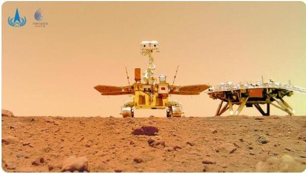 """祝融号火星车首批""""摄影作品""""公布火星长啥样,火星和地球有哪些相似的地方"""