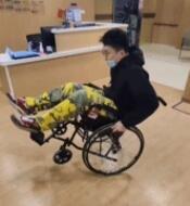 不要没事玩轮椅