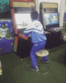 游戏机玩成了跳舞机