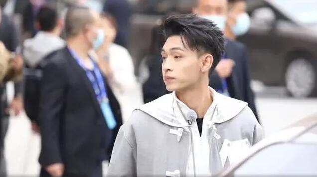 秦霄贤参与录制《奔跑吧》,拜师两年最终跨界取得成功